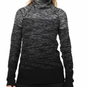 🌟Nike Pro Hyperwarm Women's Top
